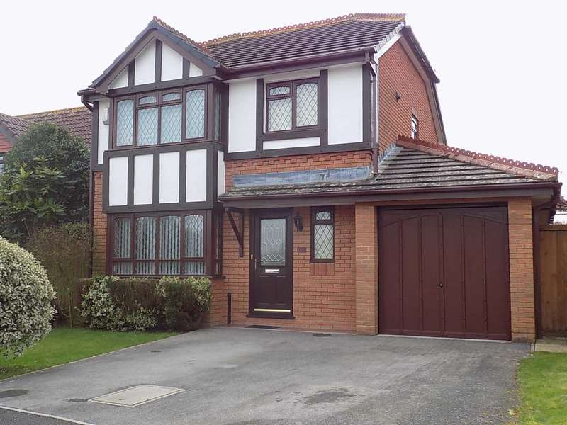 3 Bedrooms Detached House for sale in Toms Close, Chard
