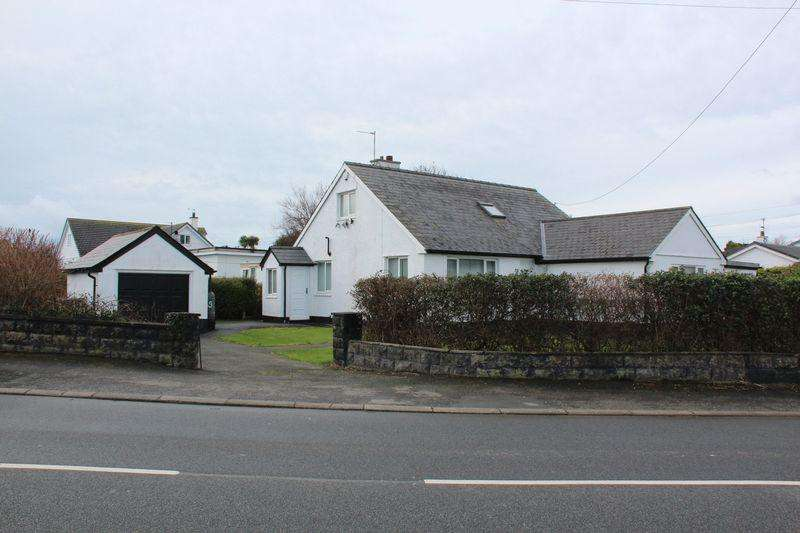 2 Bedrooms Detached Bungalow for sale in Lon St. Ffraid, Trearddur Bay