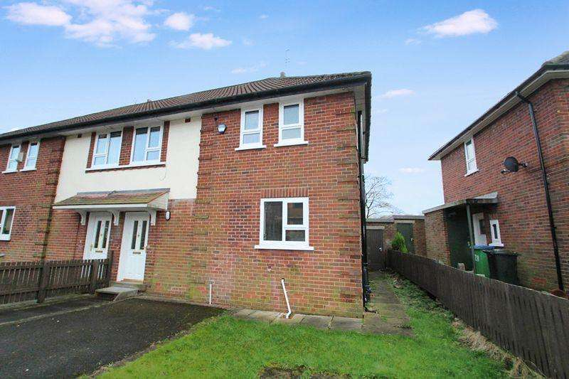 3 Bedrooms Semi Detached House for sale in Greave Avenue, Rochdale OL11 5EN