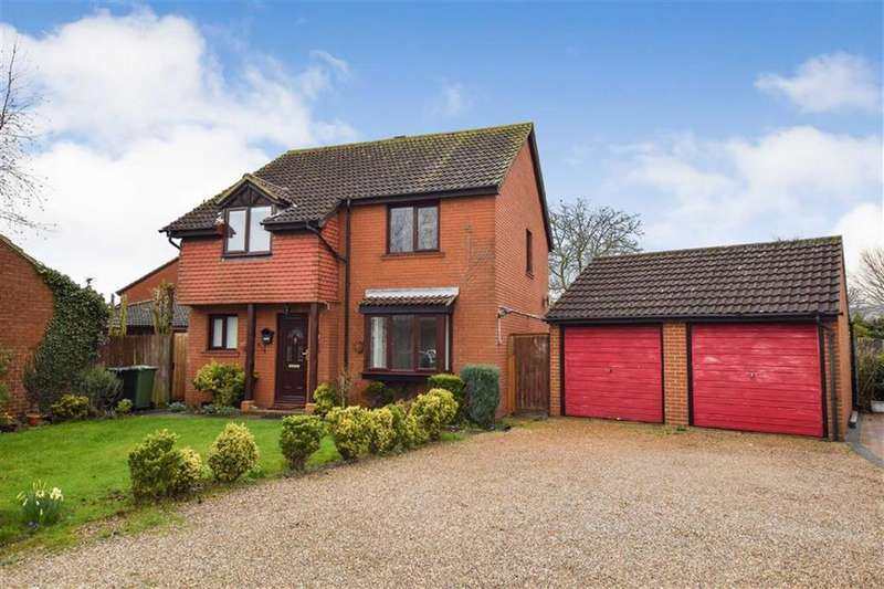 4 Bedrooms Detached House for sale in Grebe Close, Mayland, Essex