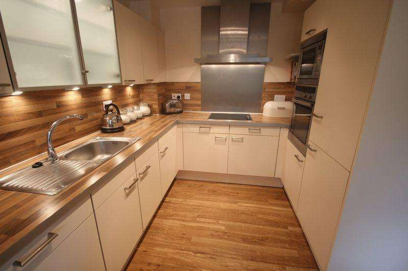 2 Bedrooms Apartment Flat for sale in Apartment 6 Meadowcroft House, Meadowcroft Lane, Bamford