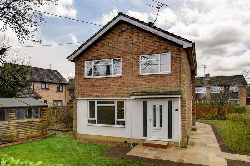 3 Bedrooms Detached House for sale in The Green, LISS, Hampshire