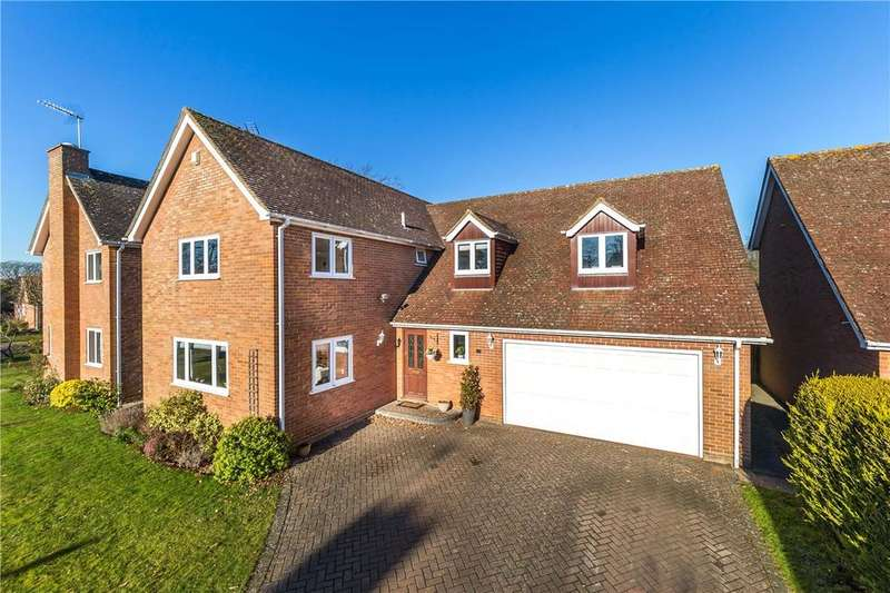 5 Bedrooms Detached House for sale in Beech Way, Wheathampstead, Hertfordshire