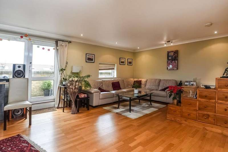 2 Bedrooms Flat for sale in Clapham High Street, Clapham, SW4