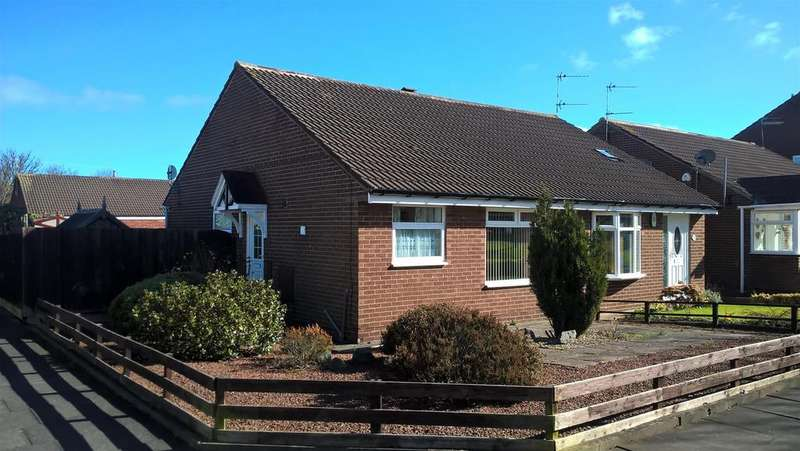 2 Bedrooms Semi Detached Bungalow for sale in Bromley Gardens, Blyth