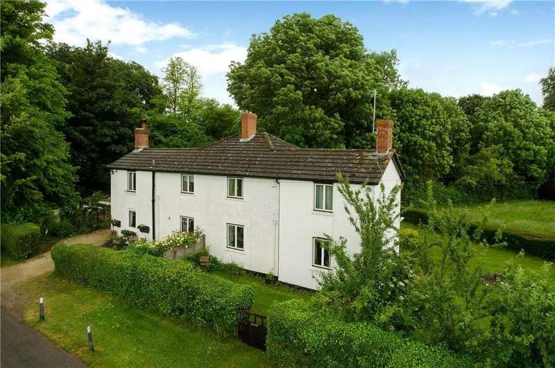 3 Bedrooms Semi Detached House for sale in Curry Cottages, Red Rice, Andover, Hampshire, SP11