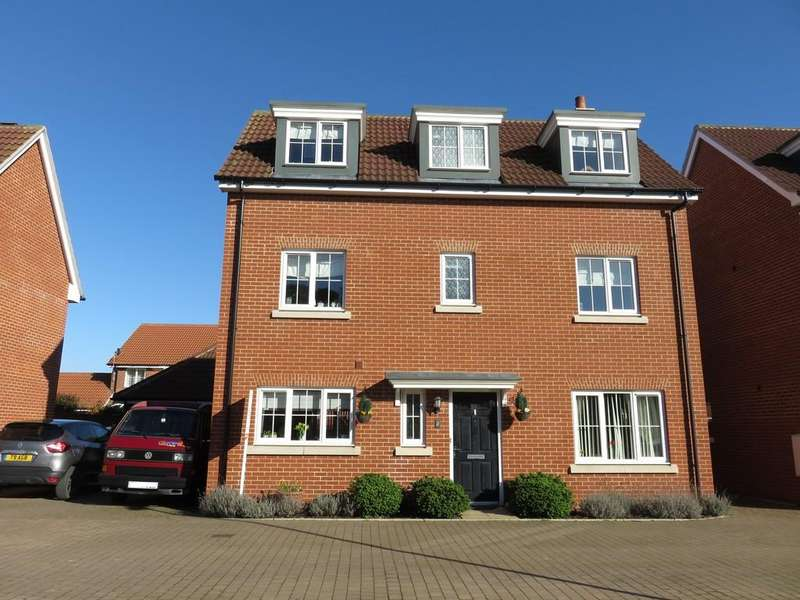 4 Bedrooms Detached House for sale in Buddleia Way, Red Lodge