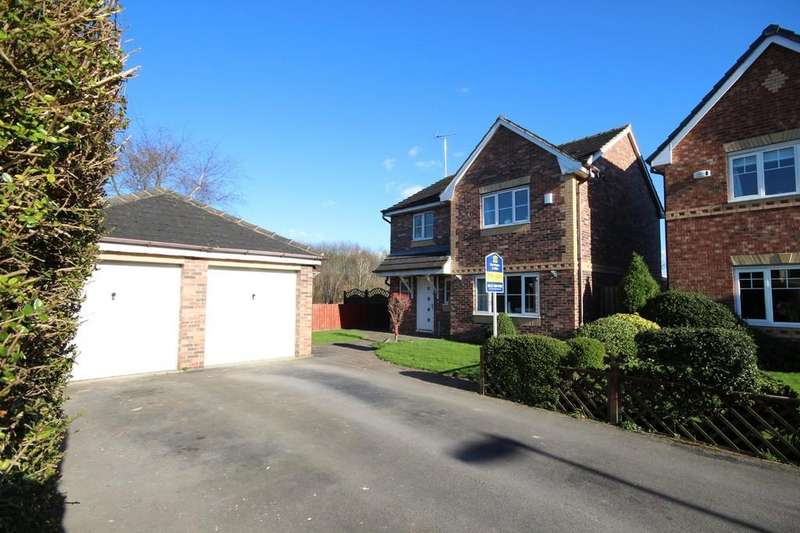 4 Bedrooms Detached House for sale in Yew Tree Drive, Woodlesford