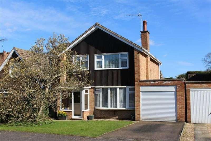 3 Bedrooms Detached House for sale in Ravensdale Avenue, Leamington Spa, CV32