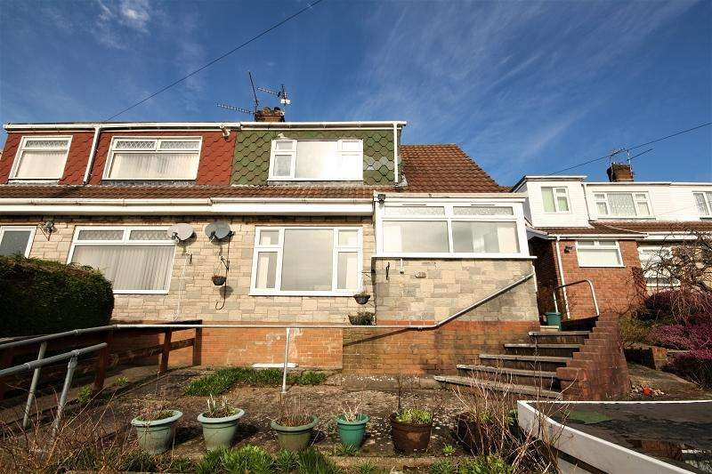 2 Bedrooms Semi Detached House for sale in Malvern Close, Risca, Newport, Newport. NP11 6QY