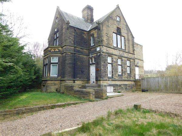 4 Bedrooms Detached House for sale in Parkside Road, Bradford