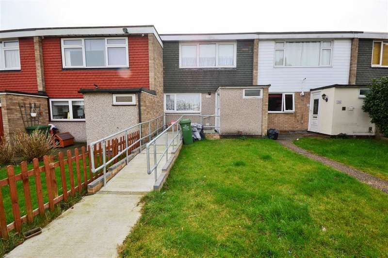 3 Bedrooms Terraced House for sale in Rettendon Gardens, Wickford