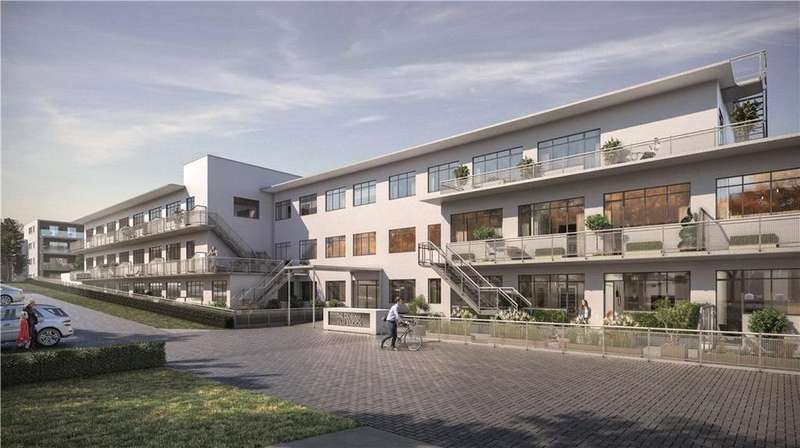 1 Bedroom Flat for sale in North Orbital Road, Denham, Uxbridge, UB9