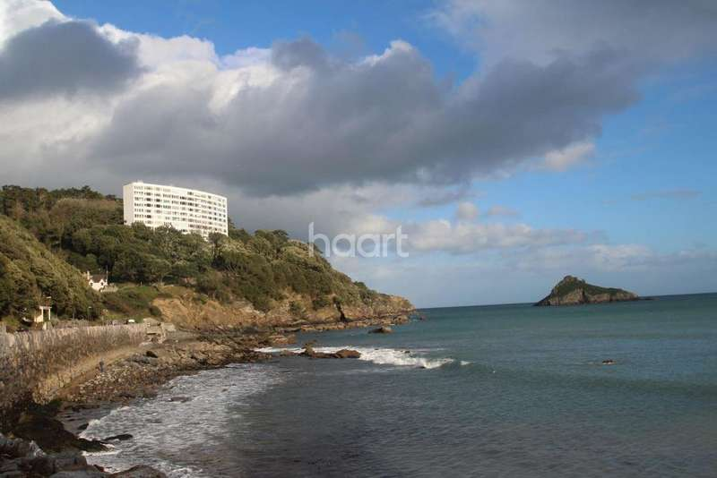 3 Bedrooms Flat for sale in Ilsham Marine Drive, Torquay