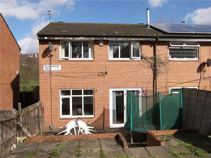 3 Bedrooms Town House for sale in Blackpool View, Leeds