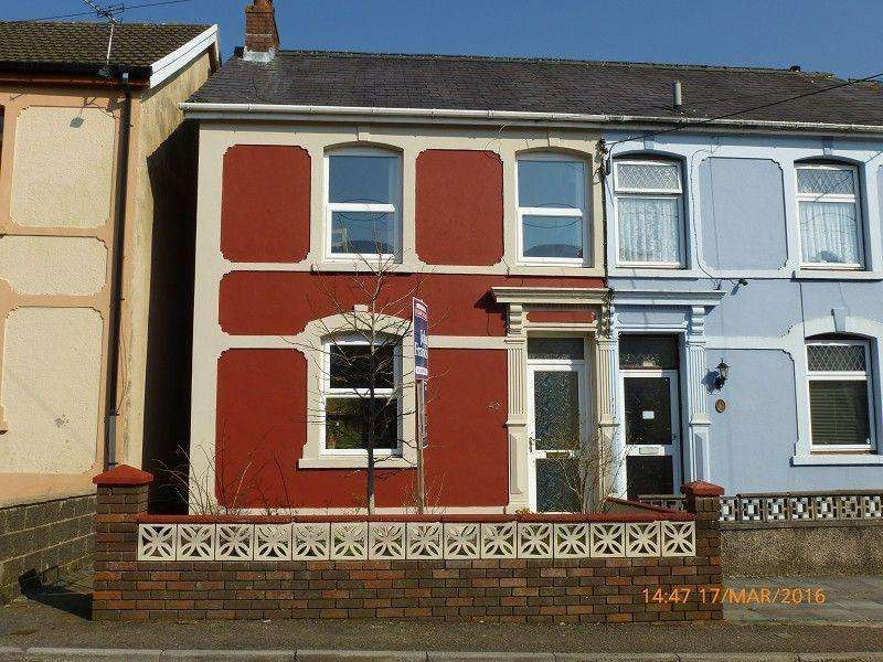 4 Bedrooms Semi Detached House for sale in Tirycoed Road, Glanamman, Ammanford, Carmarthenshire.