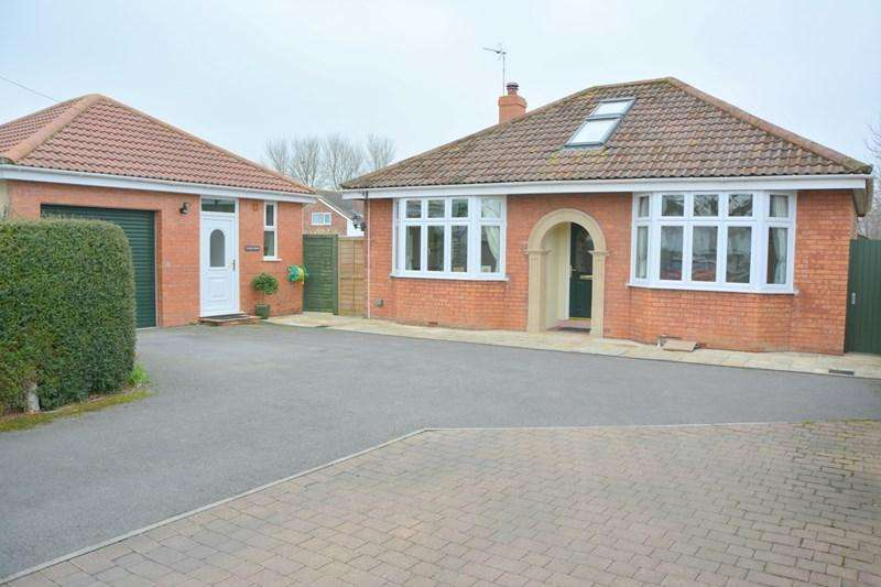 2 Bedrooms Detached Bungalow for sale in Burnham Road, Burnham-On-Sea
