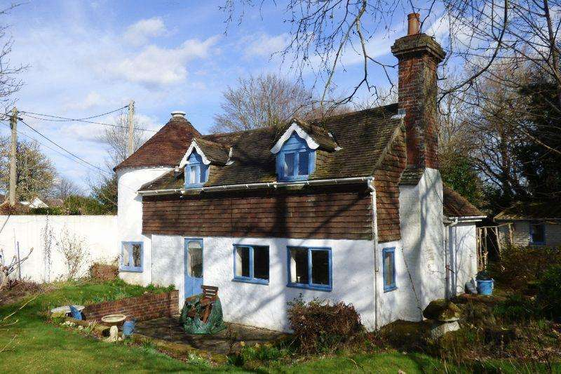 4 Bedrooms Detached House for sale in Allington Road, Newick