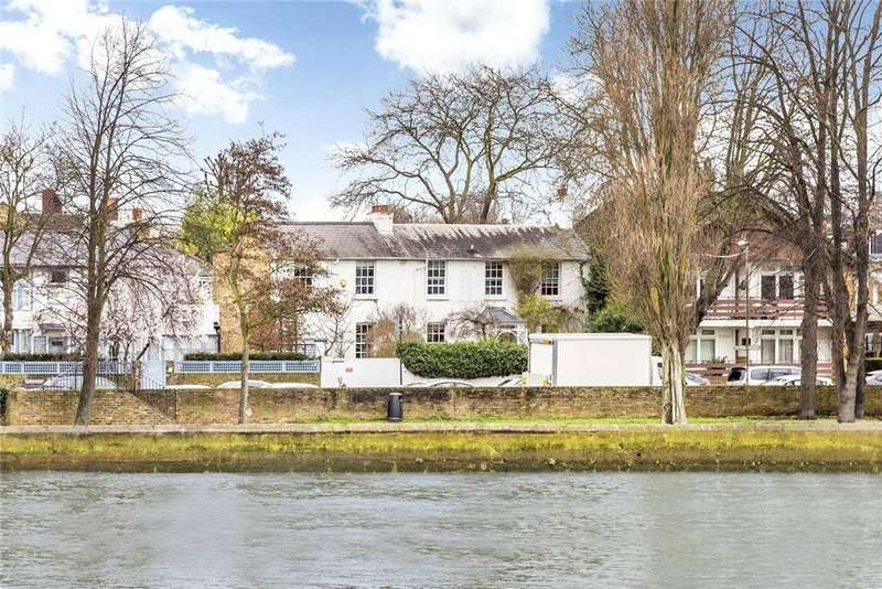 5 Bedrooms Semi Detached House for sale in Strand On The Green, Chiswick, London, W4
