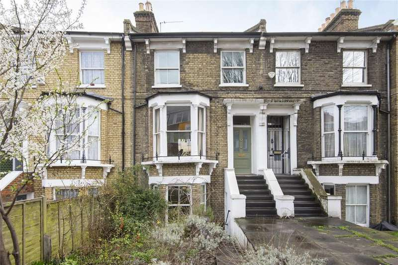 4 Bedrooms House for sale in Shacklewell Lane, London, E8