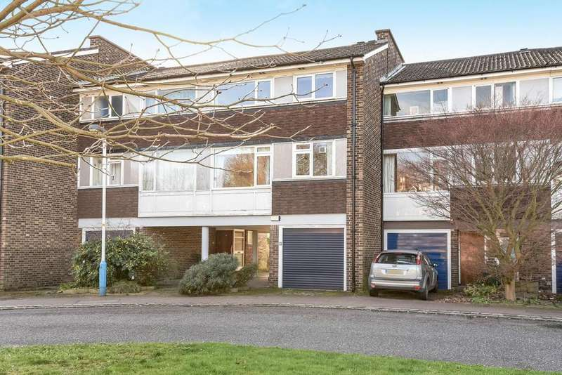 3 Bedrooms Terraced House for sale in Pymers Mead, West Dulwich, SE21
