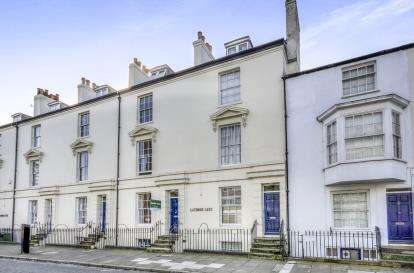 3 Bedrooms Flat for sale in Bernard Street, Southampton, Hampshire