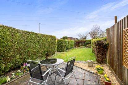 3 Bedrooms Terraced House for sale in Gillingham, Dorset
