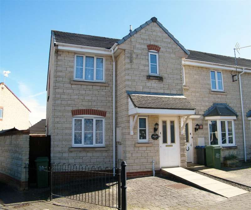 3 Bedrooms House for sale in Honeysuckle Close, Calne