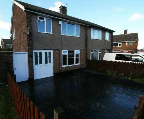 3 Bedrooms Semi Detached House for sale in Roseberry Cresent, Middlesbrough, North Yorkshire, TS6 8EP