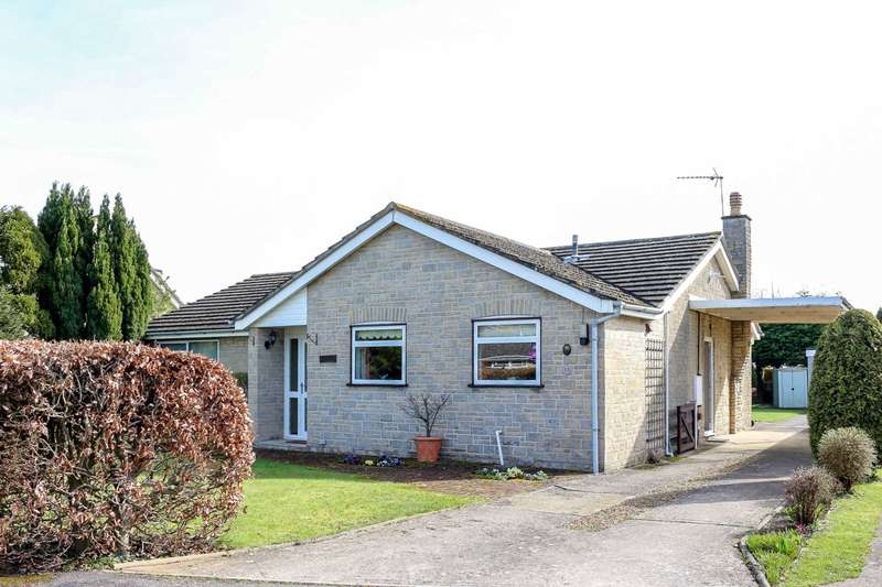 4 Bedrooms Bungalow for sale in Plough Close, Shillingford