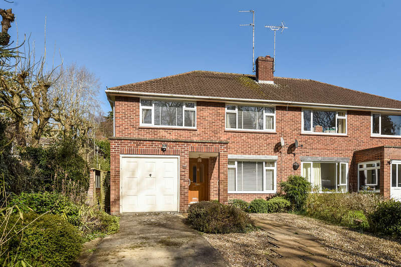 4 Bedrooms Semi Detached House for sale in Charlton Kings
