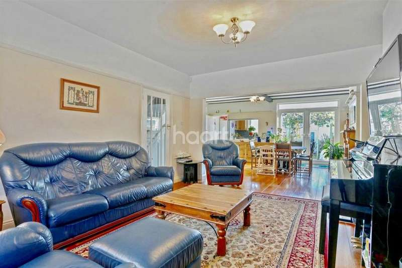 4 Bedrooms Terraced House for sale in Princes Gardens, Acton