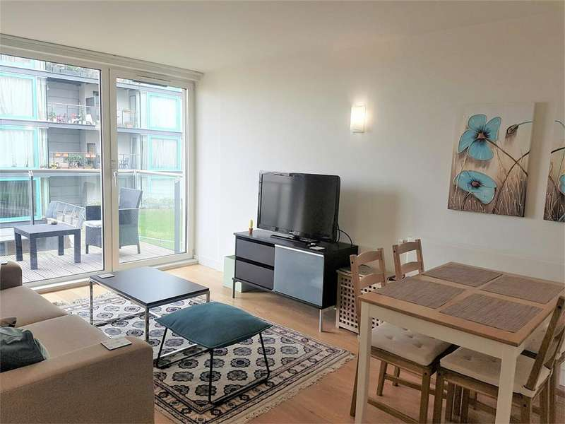2 Bedrooms Apartment Flat for sale in Navigation Building, Station Approach, Hayes, Greater London
