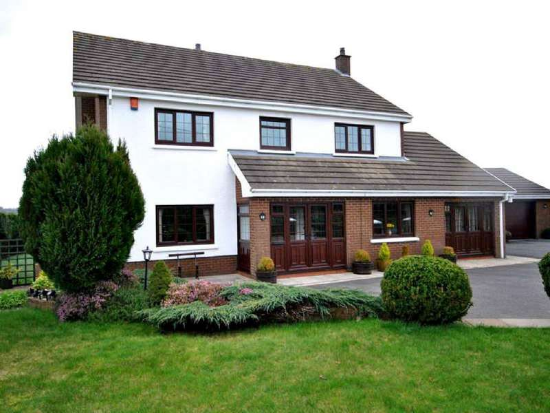 4 Bedrooms House for sale in Llynyfran Road, Llandysul, Ceredigion