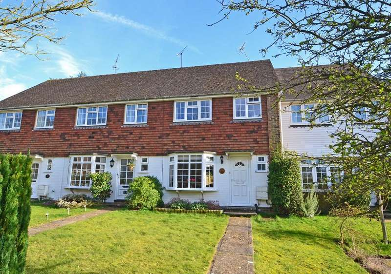 3 Bedrooms House for sale in Timberlands, Storrington, Pulborough, West Sussex, RH20