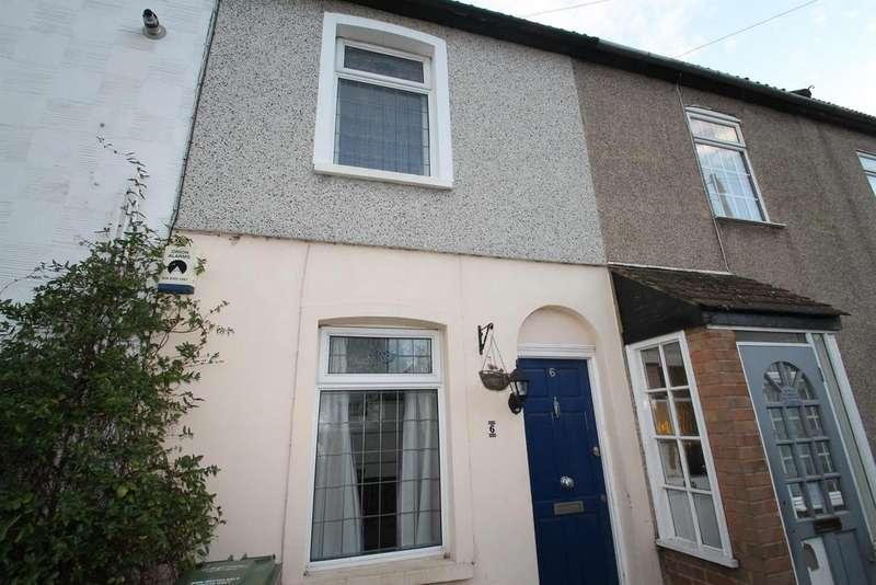 2 Bedrooms Terraced House for sale in Standard Road, Belvedere, Kent, DA17 5JR