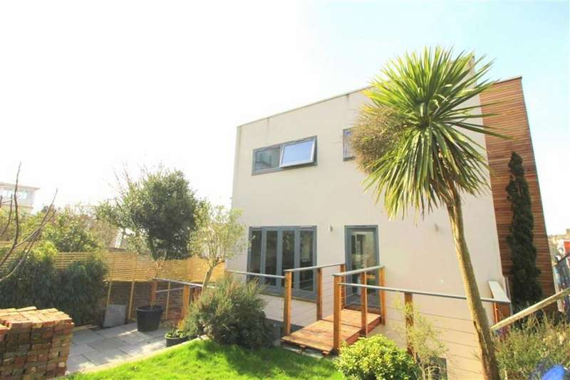 5 Bedrooms Detached House for sale in St Johns Road, St Leonards On Sea