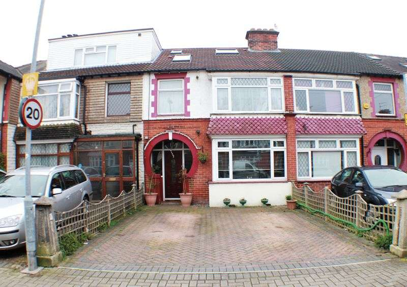 4 Bedrooms Terraced House for sale in Chatsworth Avenue, Cosham