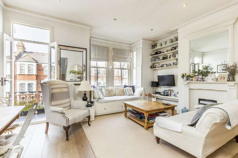 3 Bedrooms Maisonette Flat for sale in Stanlake Road, Shepherds Bush, London, W12