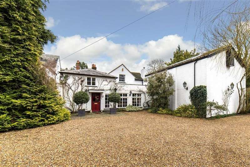 5 Bedrooms Detached House for sale in The Old Rectory, Ayot St. Lawrence Welwyn, Hertfordshire, AL6
