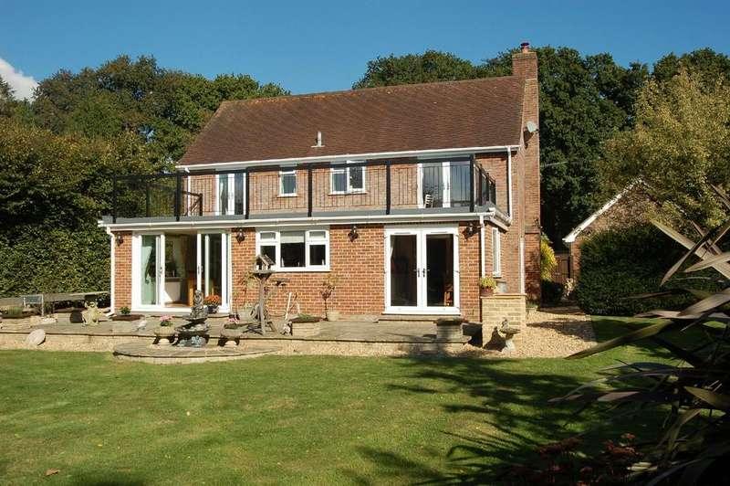 3 Bedrooms Detached House for sale in Horton Road, Horton, Wimborne, BH21
