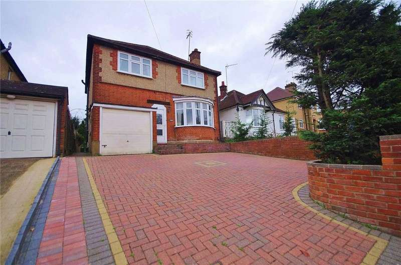 3 Bedrooms Detached House for sale in Rickmansworth Road, Watford, Hertfordshire, WD18