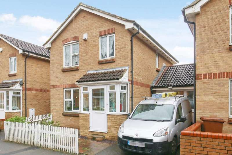 4 Bedrooms Link Detached House for sale in Cadet Drive, London, SE1