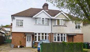 2 Bedrooms Maisonette Flat for sale in Purbrock Avenue, WD25
