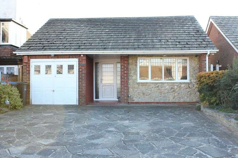 2 Bedrooms Detached Bungalow for sale in Cliftonville