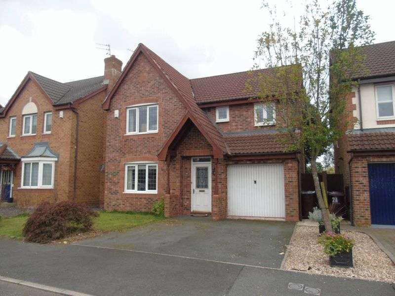 4 Bedrooms Detached House for sale in Balmoral Way, Prescot