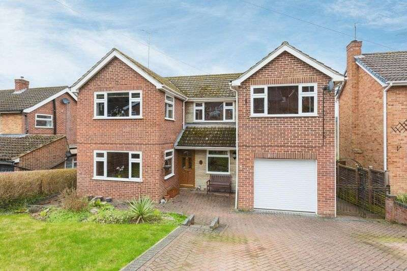5 Bedrooms Detached House for sale in Beaconsfield Avenue, High Wycombe