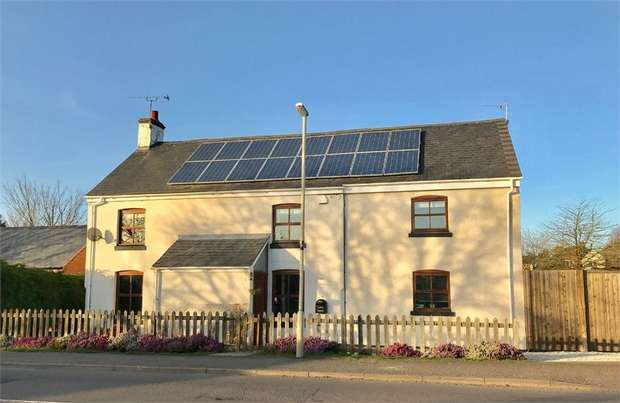 4 Bedrooms Cottage House for sale in Ullesthorpe