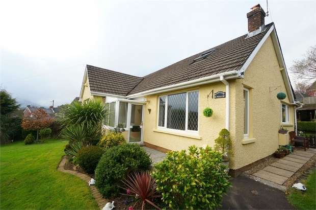 Detached Bungalow for sale in Pontymason Lane, Rogerstone, NEWPORT