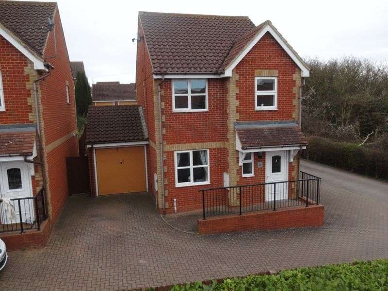 3 Bedrooms Detached House for sale in Bedford Road, Houghton Regis